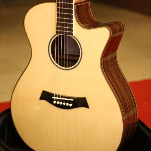 guitar-acoustic-ac07
