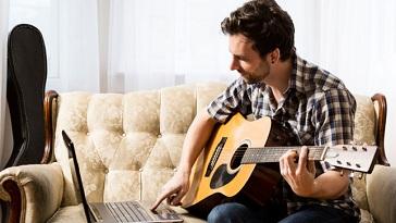tu hoc dan guitar tai nha