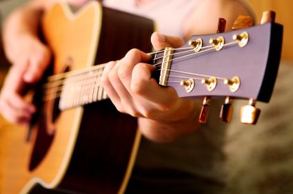 Kết quả hình ảnh cho học chơi guitar